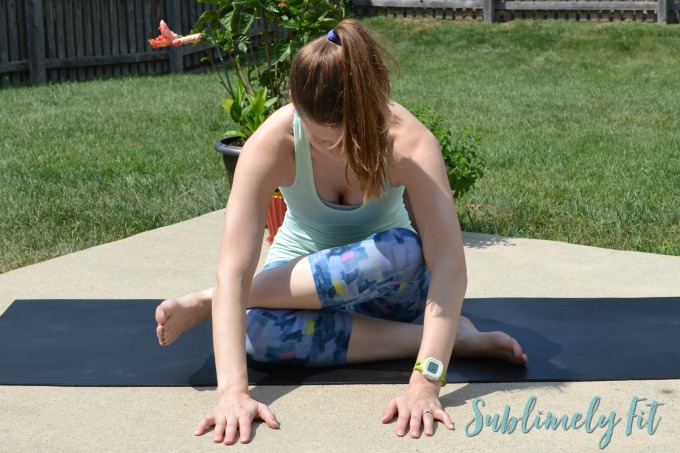Yoga Poses for Hips - the best yoga poses to help your tight hips feel happy again. Perfect for runners, athletes, and desk-sitters alike!