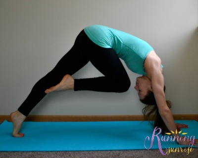 Core strengthening yoga poses: knee to nose