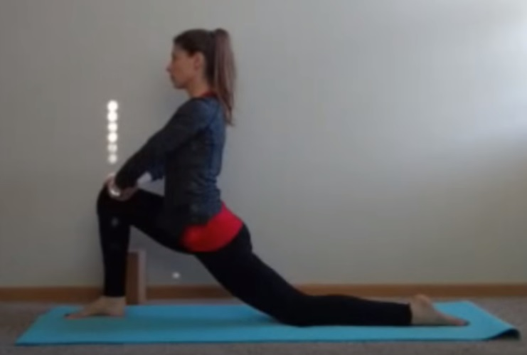 Yoga Sequence for Runners: Low Lunge