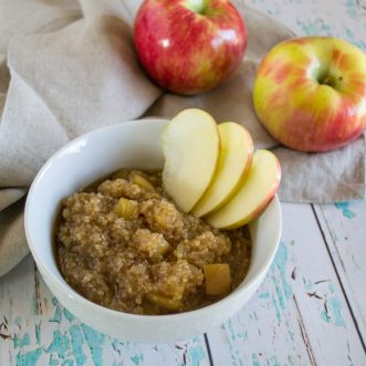 Looking for a delicious, hearty breakfast that will keep you full all morning? You'll love this Maple Apple Breakfast Quinoa!
